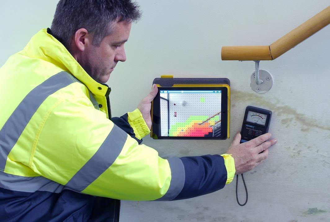 Tramex MEP Testing with IPAD Moisture Mapping APP